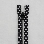 Black and white polka dots zipper