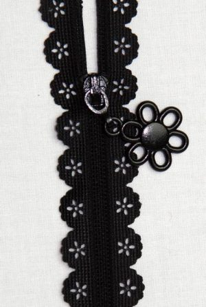 Scallop Lace Tape Zipper